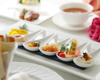 中国料理といえば「ふかひれの姿煮」「伊勢海老」「北京ダック」