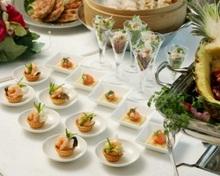 立食料理は「女性でも食べやすい料理」がコンセプトです。