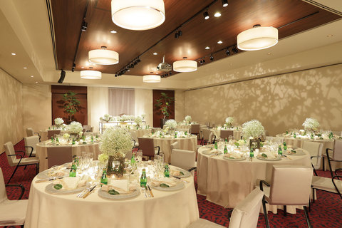 2be9e8fda4201 オリエンタルホテル広島の1.5次会・ウェディングパーティー.  『大げさな披露宴はしたくないけど仲の良い友達にはきちんと報告したい』『海外挙式をしたので地元で友達 ...